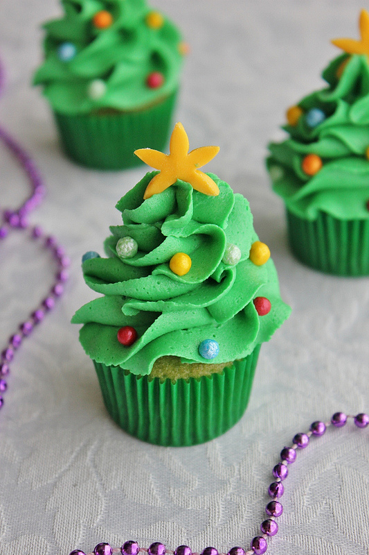 Cupcakes with buttercream icing Christmas Trees on top