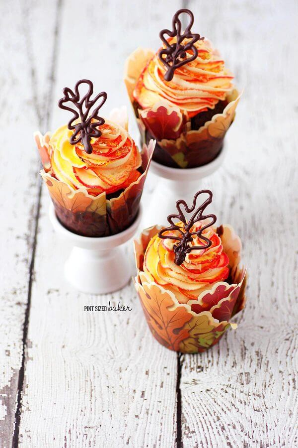fall cupcakes with edible chocolate leaf cupcake toppers