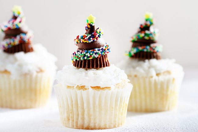 Chocolate candy Christmas tree cupcake toppers tutorial