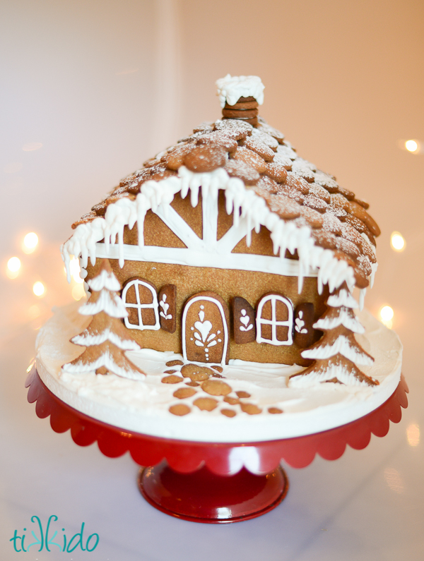 chalet style gingerbread house decorated with royal icing