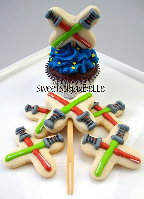lightsaber Star Wars cookie edible cupcake toppers