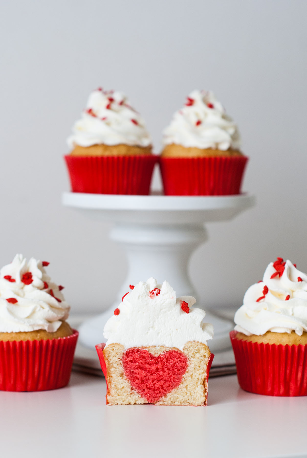 surprise heart inside valentine's day cupcakes