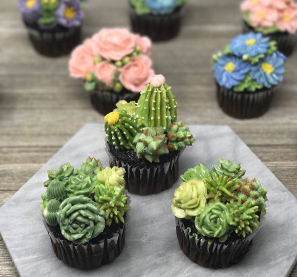 darling buttercream cactus cupcakes