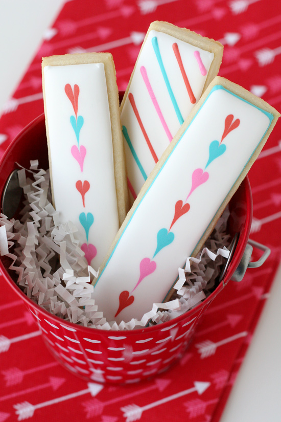 Simple and easy Valentine's cookie sticks