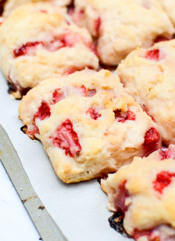 SOUTHERN-STYLE STRAWBERRY BUTTERMILK BISCUITS