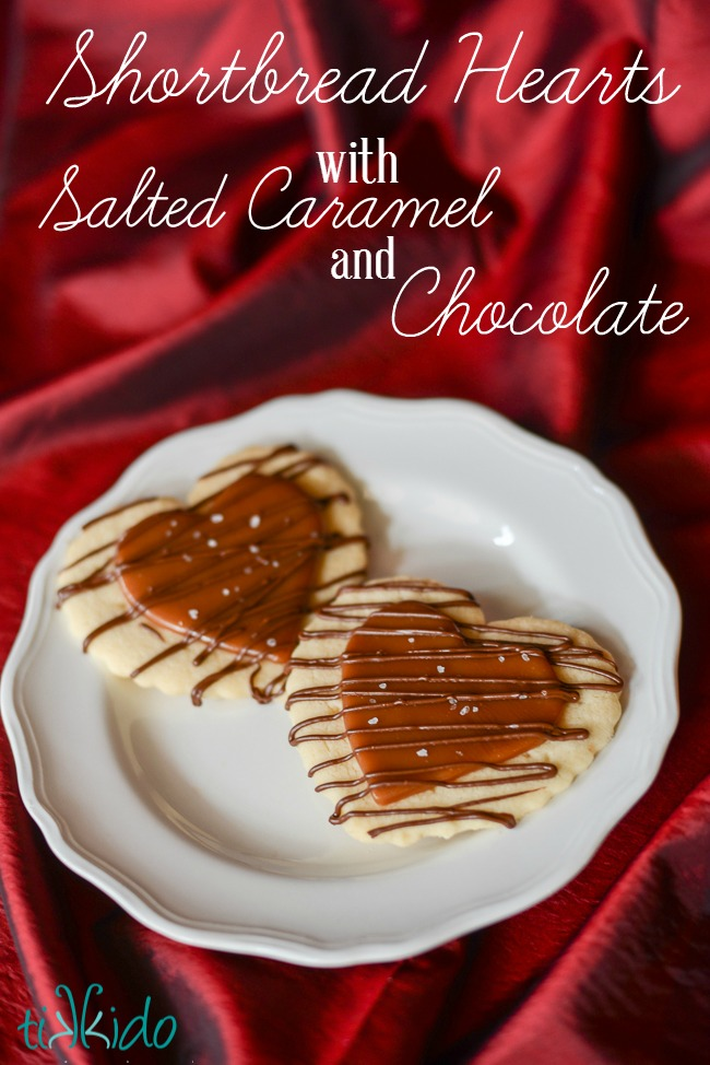 Shortbread caramel hearts with chocolate drizzle