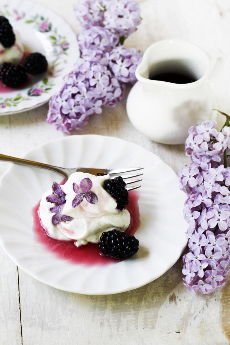 18 Spectacular Spring Dessert Recipes Using Edible Flowers