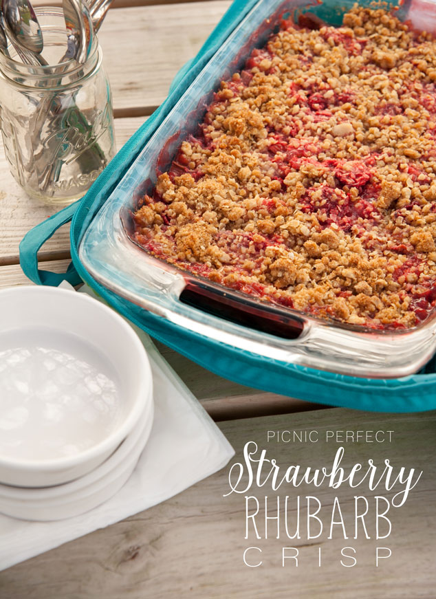 Picnic Perfect Strawberry Rhubarb Crisp Recipe